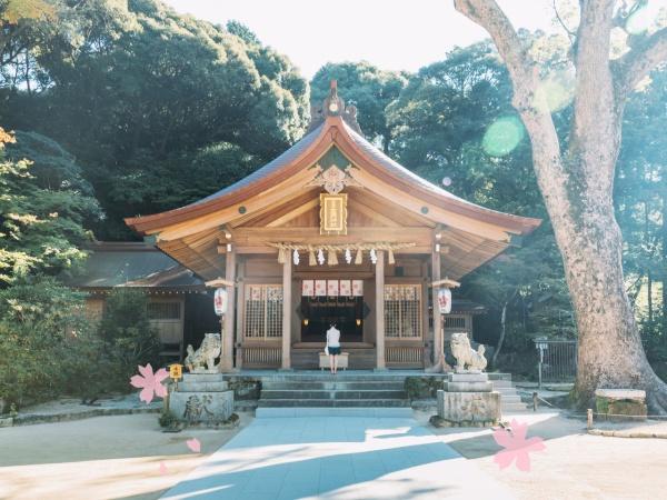 http://kamadojinja.or.jp/