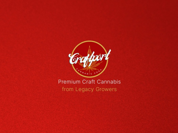 Screenshot of www.benchmarkbotanics.com